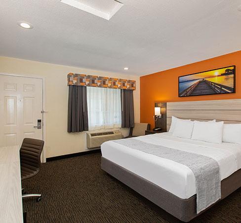 Save More With Wyndham Rewards Specials in Monterey Hotel