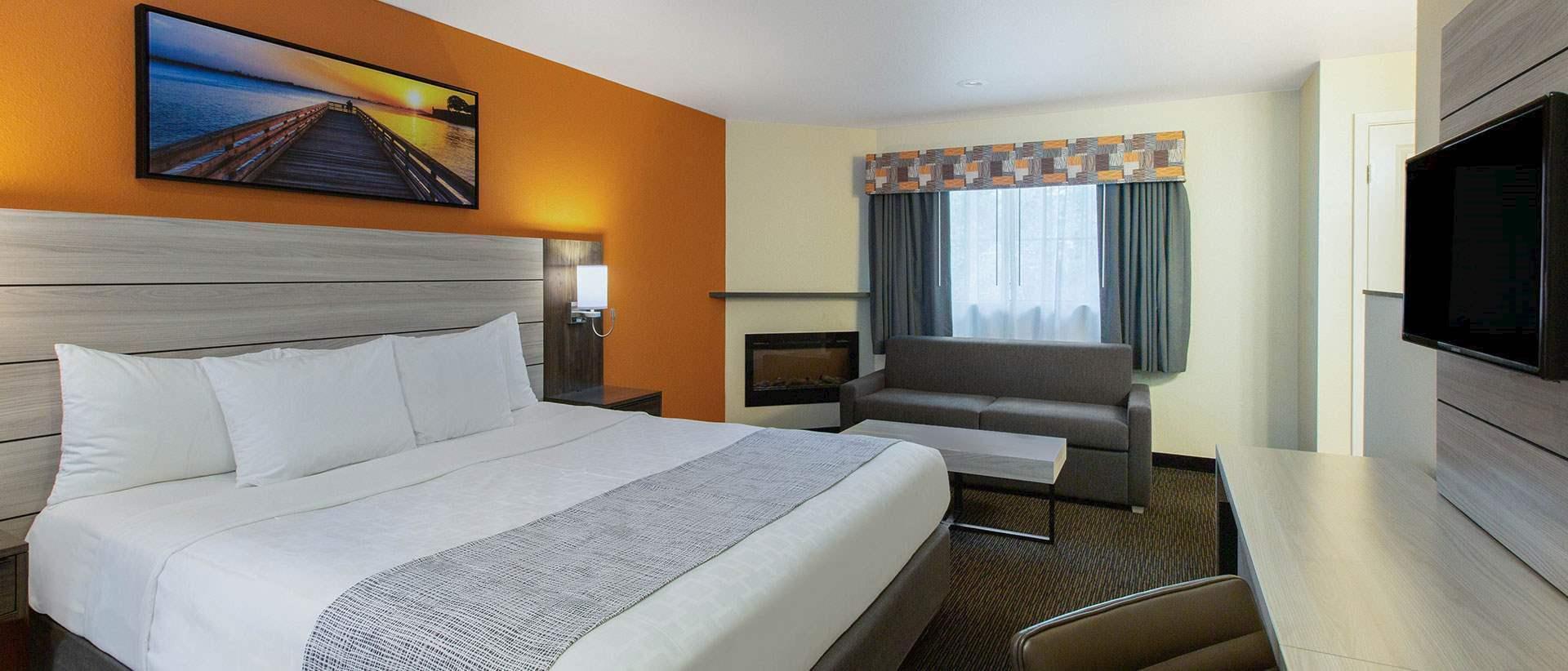 Monterey Hotel